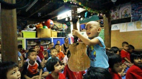 RTEmagicC_16Heavenly-Home-Myanmar-children-in-a-classroom.jpg.jpg